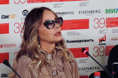 Actrice Ornella Muti bij Internationaal de Filmfestival van Moskou Stock Fotografie