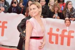 Actrice Taylor Schilling bij de Openbare première bij TIFF2018 stock foto's