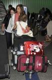 Actriz Jessica Alba con honor de la hija en LAX Fotografía de archivo libre de regalías