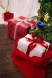 Actual árbol de navidad inferior del árbol Imágenes de archivo libres de regalías