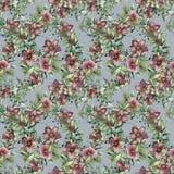 Acuarela inconsútil con las flores del hellebore Snowberry, rama y hojas pintados a mano, baya del abeto aislada en azul Fotografía de archivo