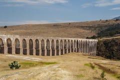 Acueducto de Arcos del Sitio para el abastecimiento de agua en Tepotzotlan Fotos de archivo