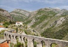 Acueducto en la barra vieja, Montenegro fotografía de archivo libre de regalías