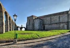 Acueducto viejo y el monasterio de Santa Clara Imágenes de archivo libres de regalías