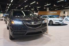 Acura MDX auf Anzeige Stockbilder