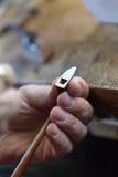 Ad un costruttore delle fiddle fotografia stock libera da diritti