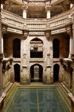 Adalaj moment väl i Ahmadabad, Indien fotografering för bildbyråer