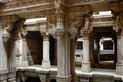 Adalaj moment väl i Ahmadabad, Indien royaltyfria bilder