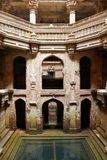 Adalaj Stepwell i Ahmadabad, Indien Arkivbilder