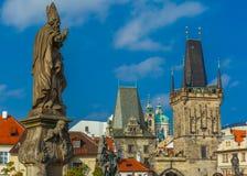Adalbert von Prag auf Charles Bridge, Czechia Lizenzfreies Stockfoto