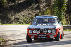 Adalberto Melim treibt Alfa Romeo GT 2000 an Stockbild