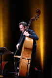 Adam Baldych - polnischer Violinist, der Live-Musik am Sommer Jazz Festival in Krakau spielt Lizenzfreies Stockfoto