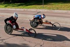 Adam Bleakney u. Saul Mendoza Doppelstadt-Marathon Lizenzfreies Stockfoto