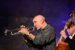 Adam Kawonczyk Quartet, der Live-Musik im Krakau Jazz All Souls Day Festival spielt Stockfotos