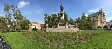 Adam Mickiewicz Monument-Panorama Stockfotos