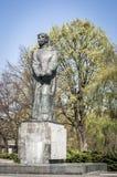 Adam Mickiewicz skulptur Arkivfoton