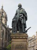 Adam Smith Statue in Edinburgh Lizenzfreies Stockfoto