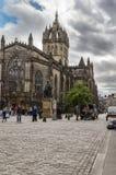 Adam Smith-Statue und Heiliges Gilles Cathedral, Edinburgh, Scotlan lizenzfreie stockfotos