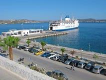Adamantas主要港,芦粟海岛,希腊 免版税库存图片
