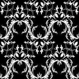 Adamaszkowy barokowy kwiecisty bezszwowy wzór Czarny biały tło w Zdjęcia Royalty Free