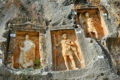 Adamkayalar -岩石被雕刻的图 火鸡 库存图片