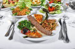 Adana-kebap, gekochtes Fleisch Stockfotos