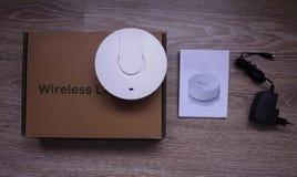 Adaptador del Wi-Fi para el hogar y la oficina foto de archivo