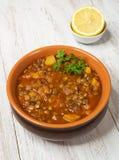 Adasi, персидское тушеное мясо чечевицы Арабская очень вкусная кухня стоковое изображение