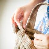 Adattamento degli accessori di hobby Corredo di cucito del mestiere fotografia stock