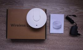 Adattatore di Wi-Fi per la casa e l'ufficio fotografia stock