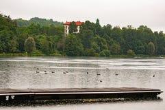 ` Adda, Italien, Teich Trezzo d auf den Fluss Adda-Reichen in der Flora und in der Fauna stockbild