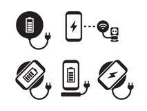 Addebito senza fili le icone dello smartphone messe Fotografia Stock Libera da Diritti