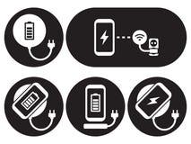 Addebito senza fili le icone dello smartphone messe Immagini Stock