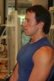 Addestramento degli uomini di forma fisica Immagini Stock