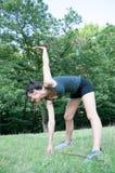 Addestramento dell'atleta femminile sul parco di camaldoli Fotografia Stock Libera da Diritti