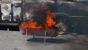 Addestramento dell'esercitazione antincendio video d archivio