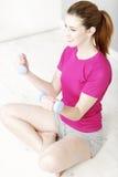 Addestramento di forma fisica della donna Immagini Stock