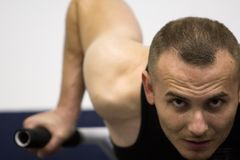 addestramento di ginnastica di forma fisica Immagini Stock