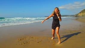 Addestramento di Kickbox alla spiaggia