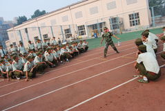 Addestramento militare cinese per gli studenti 13 Fotografia Stock Libera da Diritti