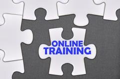 Addestramento online di parola scritta del puzzle Fotografie Stock Libere da Diritti