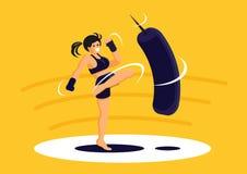 Addestramento tailandese di Muay di esercizio della ragazza di sport Fotografie Stock Libere da Diritti