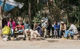 Addis Ababa, Äthiopien am 30. Januar 2014 kleine Gruppe des Afrikaners Lizenzfreie Stockfotografie