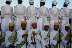 Addis Ababa Etiopien: Körpojkar som deltar i traditionell beröm för Timkat Epiphany royaltyfri bild
