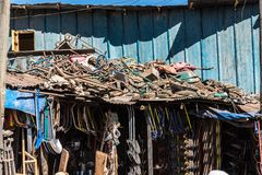 Addis Mercato i Addis Abeba, Etiopien i Afrika arkivbilder