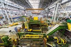Adeguamento della macchina per il rotolamento di alluminio. Fotografie Stock