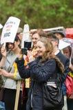 Adela Redston - anti-Fracking Maart - Malton - Ryedale - het Noorden Y Stock Afbeeldingen