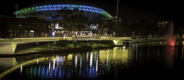Adelaide - älterer Park - Abend - Telstra-Stadion Stockfotos