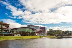 Adelaide City-Riverbankansicht Lizenzfreies Stockbild