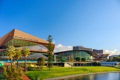 Adelaide Convention Centre bei Sonnenuntergang Stockbilder